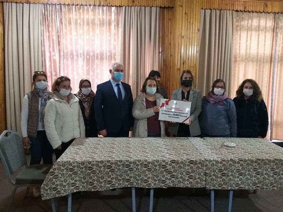 Göreme Kadın Kooperatifine KOOP-DES Programı hibe çeki Nevşehir Valisi Sayın İnci Sezer BECEL tarafından verildi